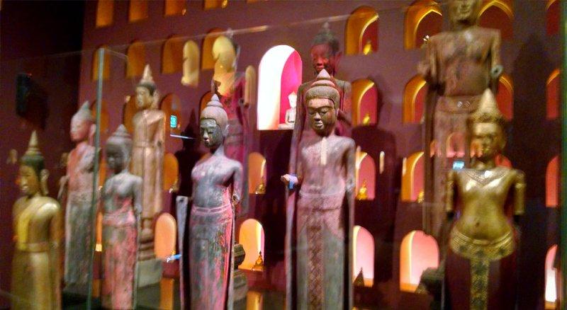 Angkor-National-Museum-3jpgw800h438 Angkor Wat 4 Day Private Tour