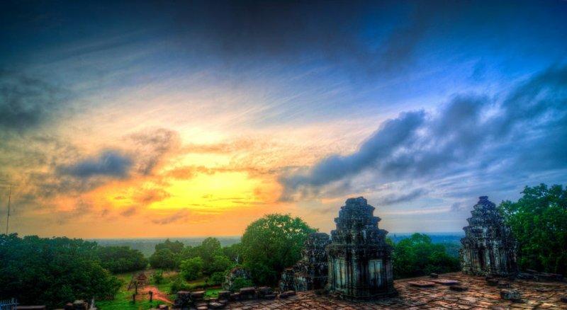 sun-set-angkorw800h438 Sunrise Private Tour